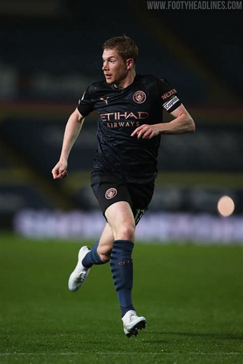 Following De Bruyne: At Least 4 Nike Stars To Wear Custom ...