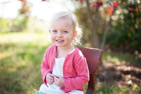 preschool portraits relaxed preschool portraits 674