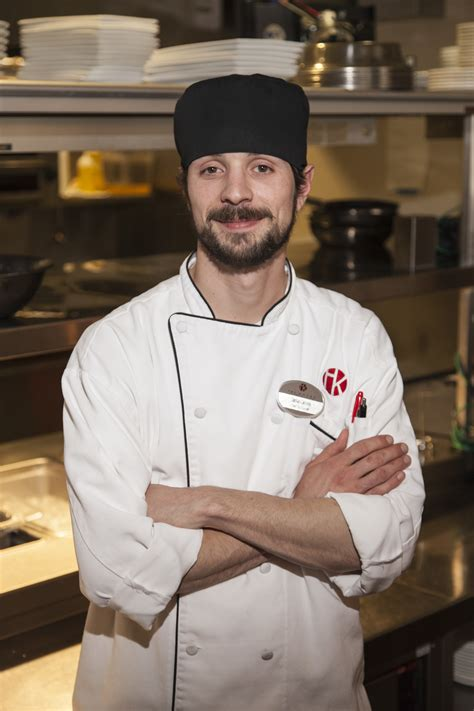 chef de cuisine class act welcomes new chef de cuisine