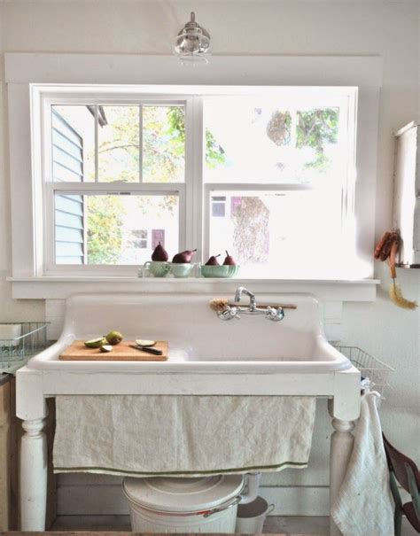 antique kitchen sinks farmhouse 261 best images about antique sinks on 4104