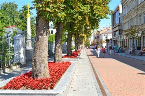 Rīgas iela - gājēju iela - Skolēnu ekskursijas