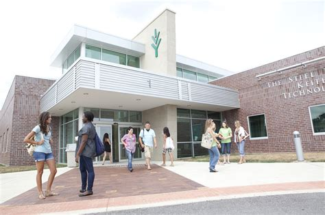 Ivy Tech Wants To Double Degrees Awarded Annually