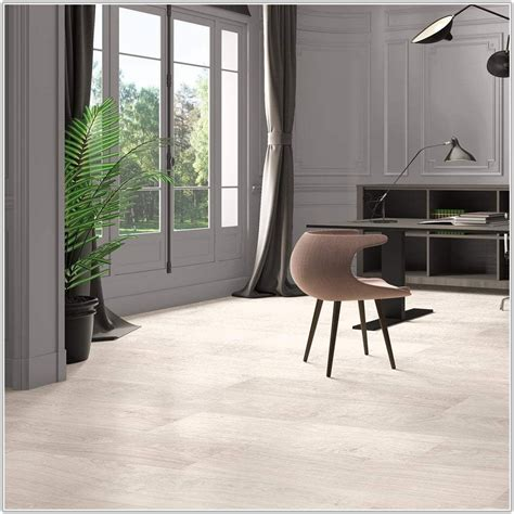 bleached white oak laminate flooring bleached white oak laminate flooring flooring home decorating ideas zq46blj41v