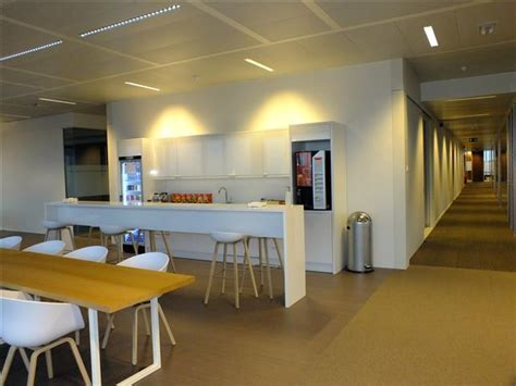 You can look at the address on the map. Brussels Office Space and Virtual Offices at Leonardo Da Vincilaan 19