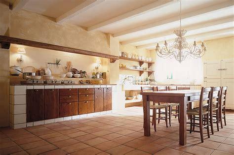 cucine toscane in muratura cucine country chic componibili in legno ecologiche