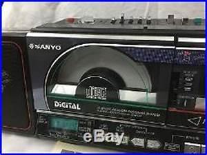 1986 Sanyo Vtg Boombox M Cd40 Cd Player Portable Radio