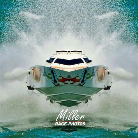 Fast Boats And Bikinis by 1000 Ideas About Fast Boats On Power Boats