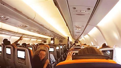 interior dentro  aviao da lufthansa air bus