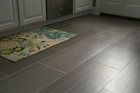 vinyl flooring dogs durable kitchen flooring wellsuited ideas hauzzz interior