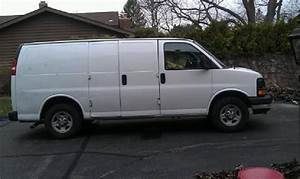 Buy Used 2006 Chevrolet Express 1500 Base Standard Cargo