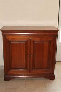 Comment Relooker Un Meuble : comment relooker un meuble en merisier les meubles en ~ Dode.kayakingforconservation.com Idées de Décoration