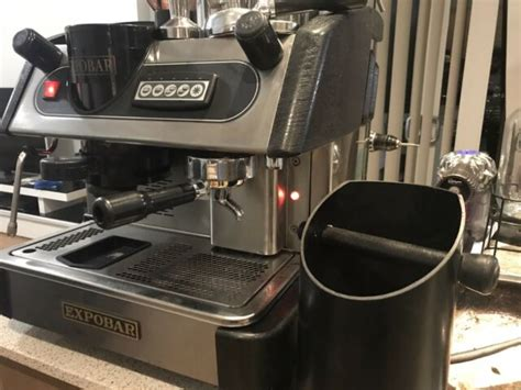 It makes a bigger amount of coffee that is enough for many people in the office. 1 Group Expobar With Built in Grinder Commercial Coffee Machine | Coffee Machines | Gumtree ...