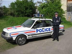 Renault Vaulx En Velin : la renault 18 turbo police ~ Maxctalentgroup.com Avis de Voitures