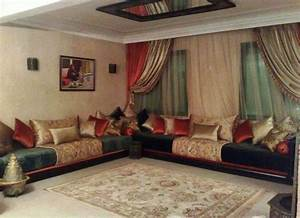 salon marocain salon marocain pinterest salon With tapis design avec canapé style chesterfield