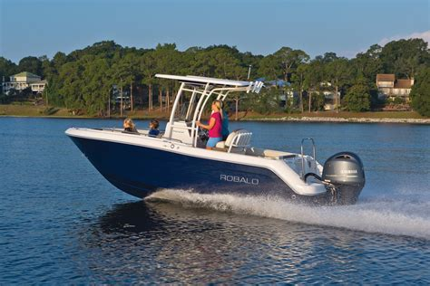 Robalo Boat Performance by Robalo R222ex Explorer 2017 2017 Reviews Performance