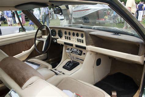 File:1974 deTomaso Longchamp interior.jpg - Wikimedia Commons