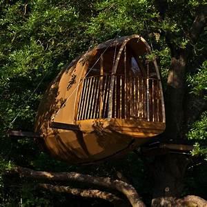 Constructeur Cabane Dans Les Arbres : cocoobane un v ritable petit cocon dans les arbres ~ Dallasstarsshop.com Idées de Décoration