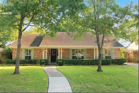 amazing remodel    ranch home complete room
