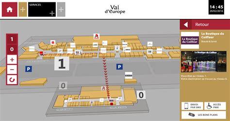 le centre commercial val d europe choisit viadirect et installe 10 meubles connect 233 s pour guider