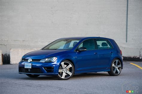The 2016 Volkswagen Golf R Put To The Test On The Track