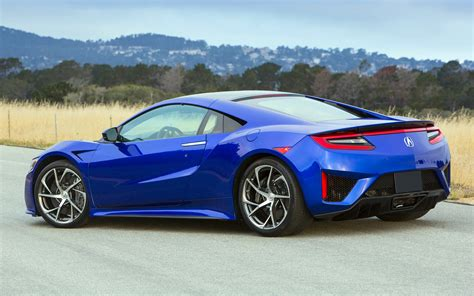 2016 acura nsx features powerful hybrid powertrain