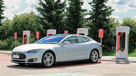 Electric And Gas Cars by Nnpc Initiates Plans For Vehicles To Run On Gas The