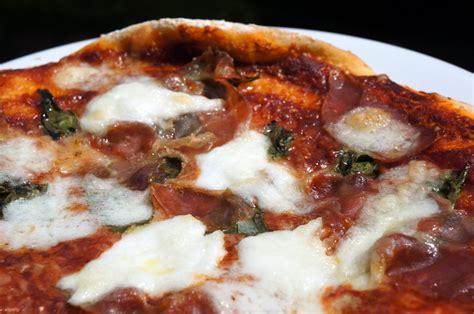 pizza maison mozzarella parme et basilic vincent cuisine