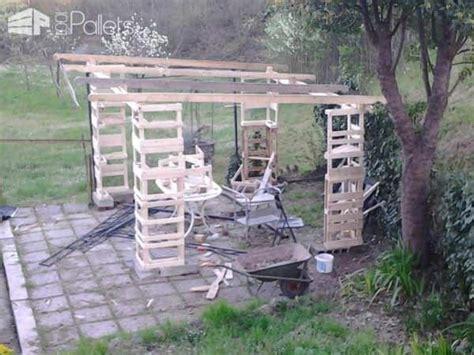 gazebo pallet shelter  pallets
