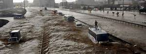 Extreme flash flooding hits Istanbul after heaviest rain ...