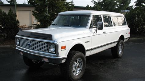 Rare 1972 Chevrolet 34ton 4x4 Suburban With Front And