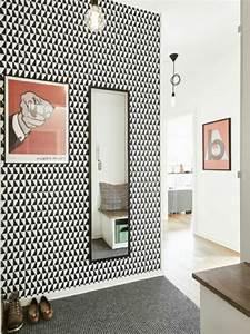 decoration couloir 25 idees geniales a decouvrir With lovely peindre un escalier en pierre 18 papier peint castorama