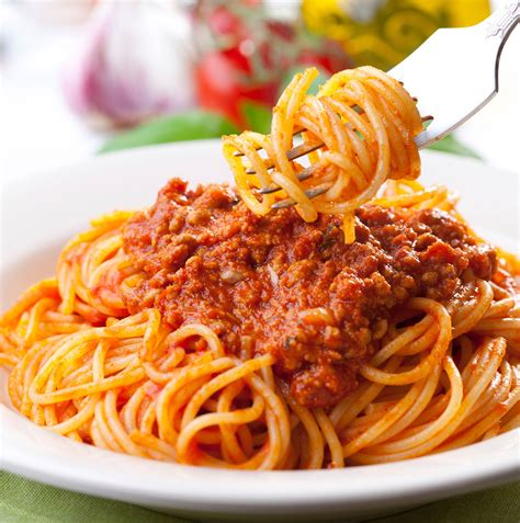 cuisine spaghetti hearty bolognese style sauce for pasta