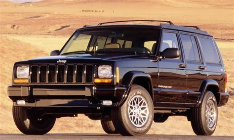 enthusiasts love  jeep cherokee xj