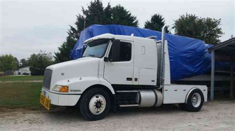 brand new volvo semi truck volvo vnm 1999 sleeper semi trucks