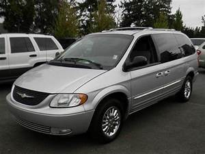2002 Chrysler Town  U0026 Country Limited For Sale In Bellevue