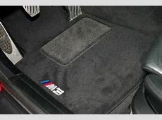 8211044469X Genuine BMW M3 Logo Floor Mat Set for 2006