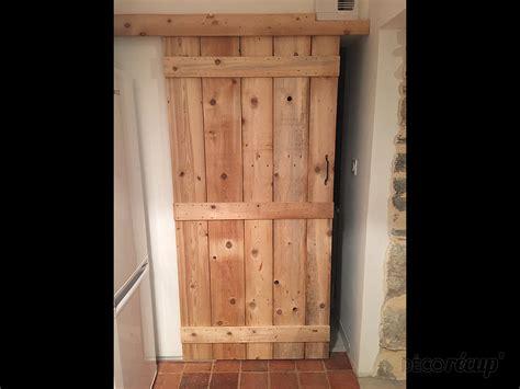 fabriquer porte coulissante suspendue fabriquer porte coulissante suspendue fabriquer une porte coulissante en bois faire un