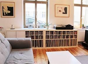 Regal Für Schallplatten : expedit regal von musik fans ausgestattet mit schallplatten und cd eins tzen von new ~ Orissabook.com Haus und Dekorationen