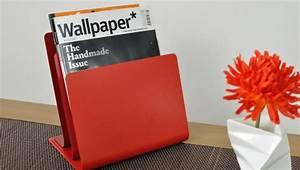 Porte Revue Design : porte revue design rouge metal arkko ~ Melissatoandfro.com Idées de Décoration