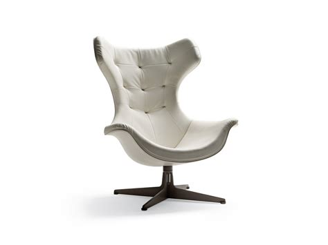 Buy The Poltrona Frau Regina Ii Armchair At Nest.co.uk