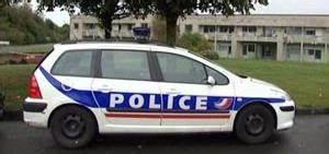 Voiture Police France : nelson tu par une voiture de police peine l g re ~ Maxctalentgroup.com Avis de Voitures