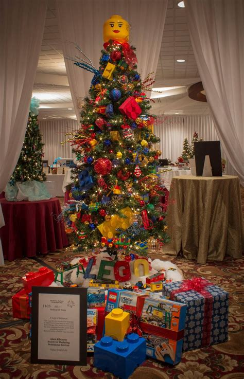 lego themed christmas tree auctioned  charity