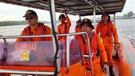Selain kapal pelni yang melayani rute dari pelabuhan tanjung emas semarang ke pelabuhan kumai di pangkalanbun kalimantan tengah atau seperti yang sudah disampaikan diatas jika saat ini jadwal kapal dharma belum ada jadwal tetap yang melayani rute dari pelabuhan tanjung emas semarang. Kapal Layar Arta Jaya Tenggelam, 2 Kru Dalam Pencarian ...