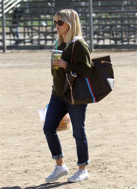 celebrities   lvs pics  casual fashionista fashion fashion obsession