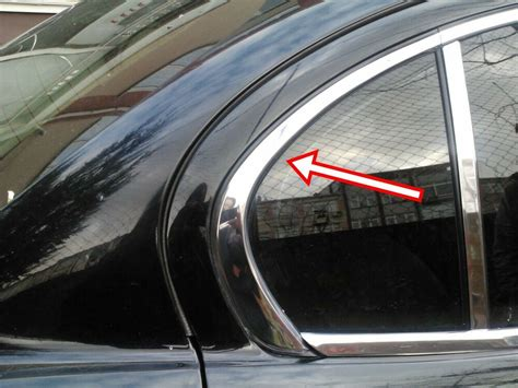 Jaguar X Type Driver / Offside Chrome Rear Quarter Window