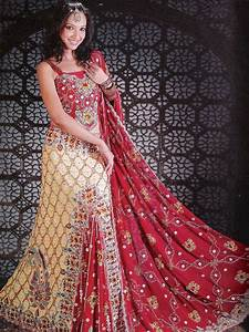 Red and green indian wedding dresses dresses trend for Red indian wedding dress