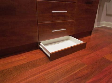 Secret drawer ideas ? perfect for hiding things in plain sight