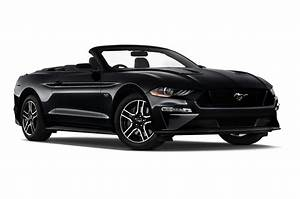 New Ford Mustang Convertible Deals & Offers | save up to £3,376 | carwow