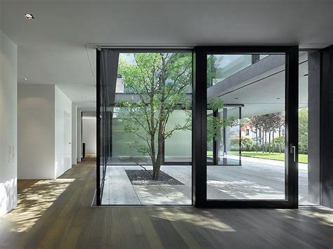 Moderne Häuser Mit Innenhof by Roger Architekturfotografie Fotografie Essenz