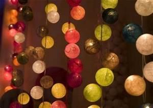 Guirlande Boule Lumineuse : lot de guirlandes lumineuses boules de coton destockage grossiste ~ Teatrodelosmanantiales.com Idées de Décoration